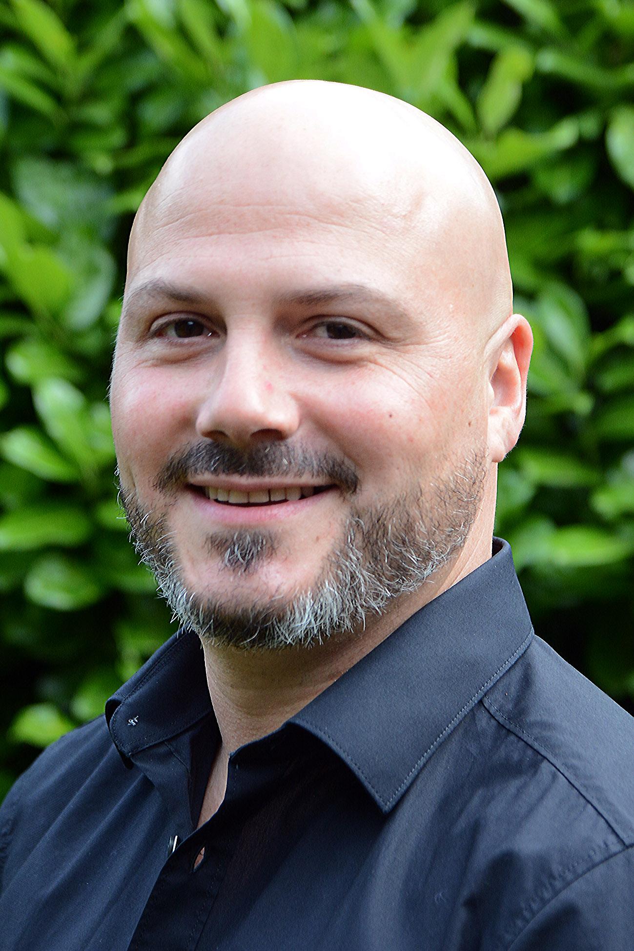 Dr. Alexander Schmidt